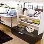 Schmales Schrankbett für das Büro